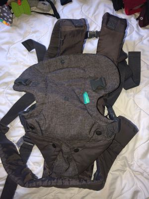 Infantino baby carrier for Sale in Tracy, CA