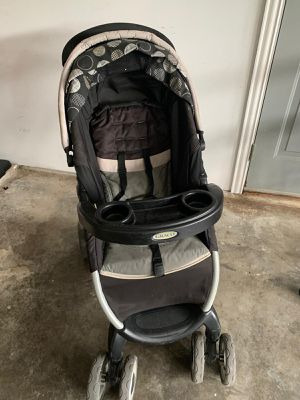 Graco Travel system- stroller+car seat+base+rain cover for Sale in Irving, TX