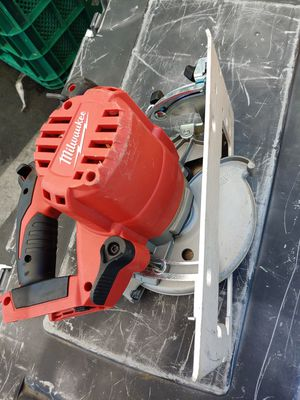 """Milwaukee m18 6-1/2"""" circular saw. Tool only for Sale in Oakland, CA"""