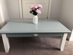 Coffee Table with matching end table for Sale in Biddeford, ME
