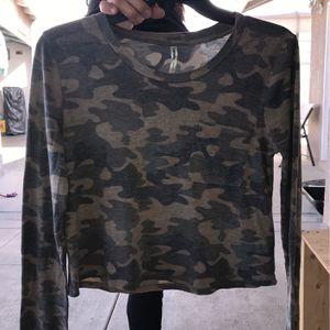 Camo Shirt for Sale in Baldwin Park, CA