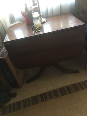 Antique drop leaf table for Sale in Feasterville-Trevose, PA