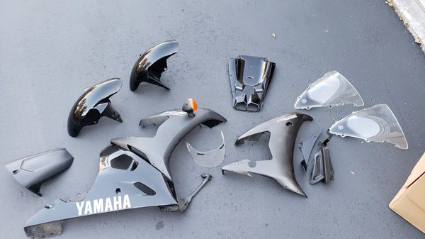 2003-2005 Yamaha R6 Raven Misc Motorcycle Parts AS-IS LOT