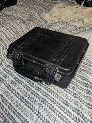 Pelican 1400 Hard Case for Sale in Montgomery, MN