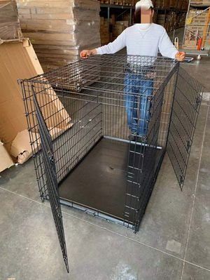 XXL 54x36x45 inches tall large 2 doors heavy duty dog cage crate kennel 200 lbs capacity assembly required some minor wear and tear jaula de perro for Sale in Whittier, CA