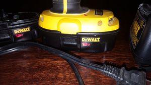 Dewalt hammer drill 18v. 2 batteries and a charger for Sale in Detroit, MI