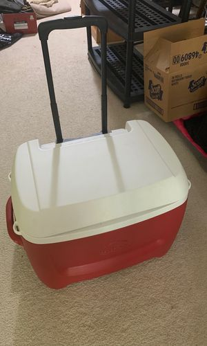 Large cooler for Sale in Springfield, VA