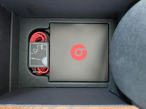 Beats Solo 2 in excellent condition for sale for Sale in Cliffside Park, NJ