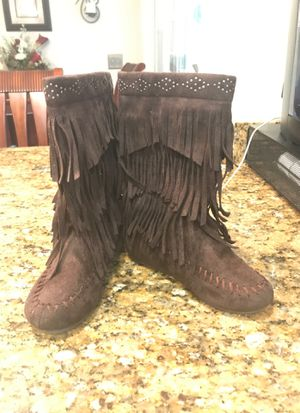 Girls brown fringe boots size 12 for Sale in Acworth, GA