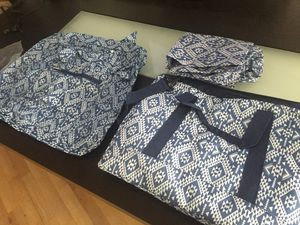 3pc travel bag w/ garment & carry-on for Sale in Chicago, IL