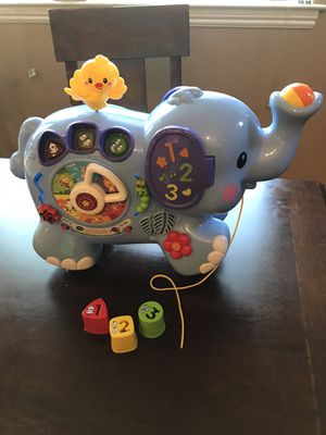 Vtech pull & discover activity elephant musical works great! for Sale in Clovis, CA