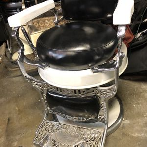 Koken Round Bottom Barber Chair for Sale in Walnut Creek, CA