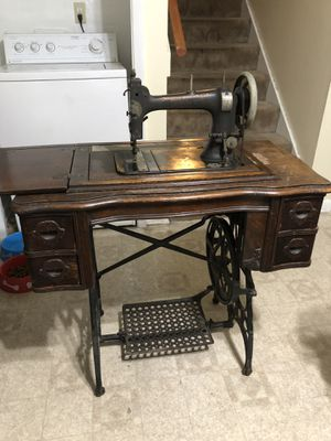 1920's antique White sewing table for Sale in Tampa, FL