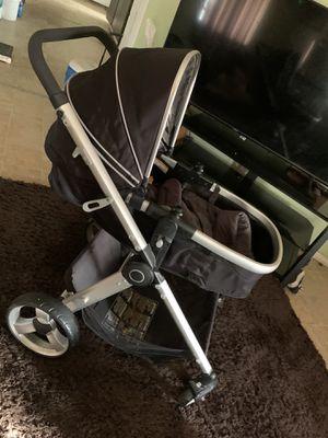 2 in1 stroller for Sale in Bakersfield, CA