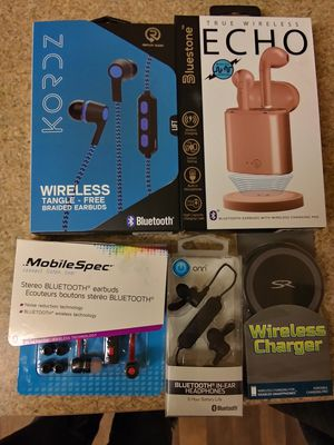 4 Bluetooth headphones and wireless charger for Sale in North Olmsted, OH