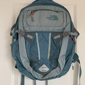 North face Backpack for Sale in Durham, NC