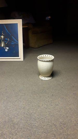 Vase/flower pot for Sale in Austin, TX