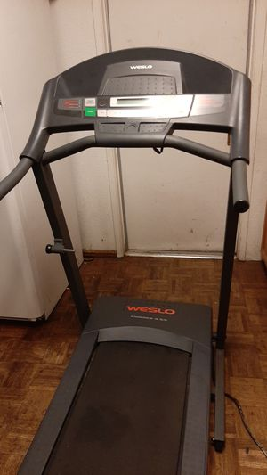 Electric Treadmill - Weslo Cadence 5.9 for Sale in Santa Maria, CA