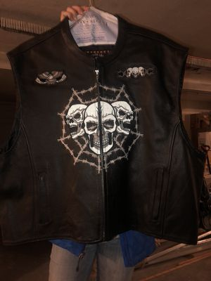 Motorcycle leather vest 4xl or 3xl for Sale in Melrose Park, IL
