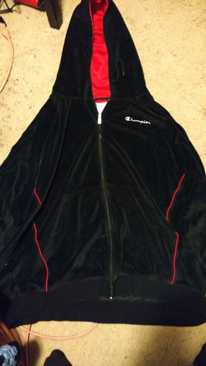 Champion hoodie 5 xl for Sale in Lynnwood, WA
