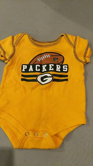 0 - 3 months Green Bay Packers onesie for Sale in Hazelwood, MO
