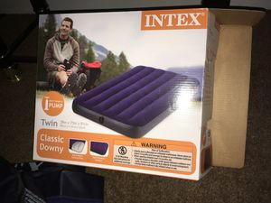 Intex TWIN AIR BED / MATTRESSES for Sale in Forest Park, GA