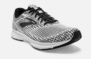 Brooks Revel 3 Women's Shoes (10) for Sale in Las Vegas, NV