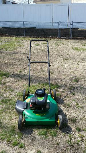 22in Weed Eater Lawn Mower runs good $50 for Sale in Barnegat Township, NJ