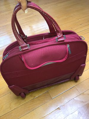 Rolling Tote bag Red TRAVELPRO for Sale in Plandome, NY