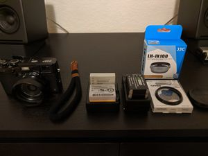 Fuji X100s + Accessories for Sale in Miramar, FL