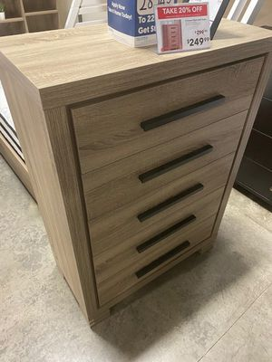 5 Drawer Chest, Dark Taupe & Black for Sale in Downey, CA