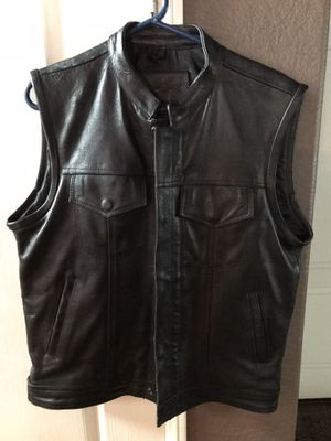 Leather Men's Motorcycle Vest size Medium for Sale in San Diego, CA