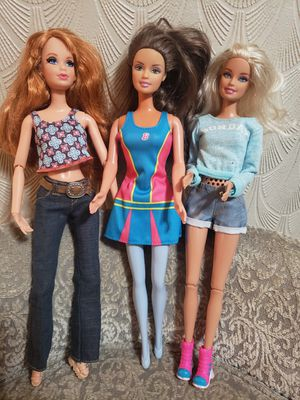 3 Barbie Lot with Clothes for Sale in Lawndale, CA