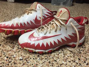 Nike Boys Football Baseball cleats Size 5.5 for Sale in Boynton Beach, FL
