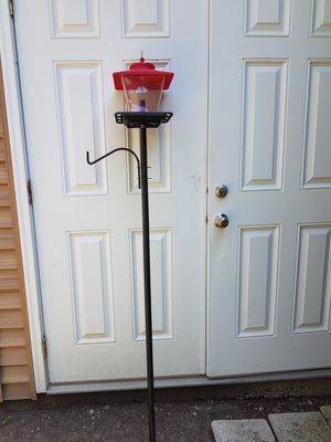 Bird feeder and post for Sale in Oswego, IL