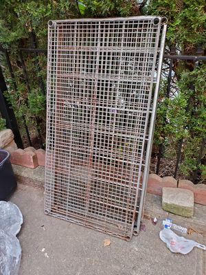 Commercial quality metal wire shelves (used) for Sale in Queens, NY