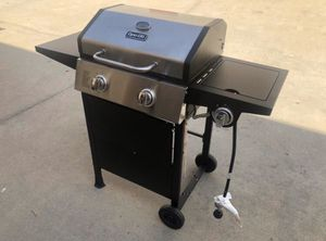 New Dyna Glo Pro 2 Burner Propane Gas BBQ Grill with Side Burner for Sale in San Bernardino, CA