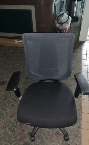 Black office chair for Sale in University Place, WA
