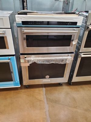 KitchenAid microwave wall oven for Sale in Los Angeles, CA
