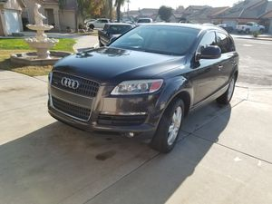 07 Audi Q7 with only 75000 miles for Sale in Clovis, CA