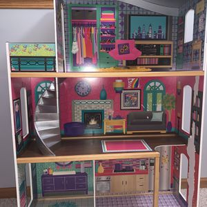 Modern Doll House for Sale in Burbank, IL
