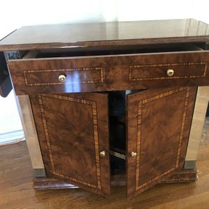 Deluxe Buffer Serving Table for Sale in Los Angeles, CA