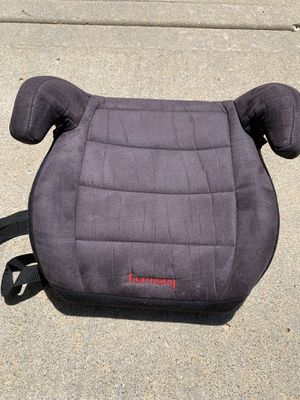 Booster car seat for Sale in Olathe, KS