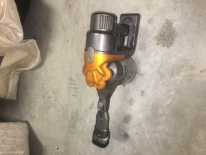 Dyson handheld vacuum for Sale in Lauderdale Lakes, FL
