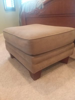 Hassock Foot Stool Large for Sale in Fontana, CA