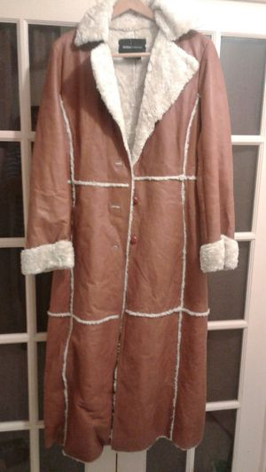 Ladies leather coat for Sale in Annandale, VA
