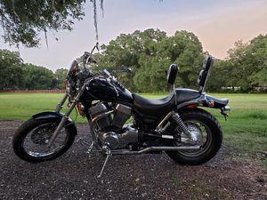 Suzuki intruder 1400 motorcycle & parts bike for Sale in Plant City, FL