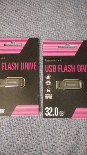 2 32 GB USB flash drives for Sale in Colorado Springs, CO