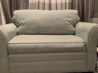 Couch w/ Unused Pullout Bed for Sale in Atlanta,  GA