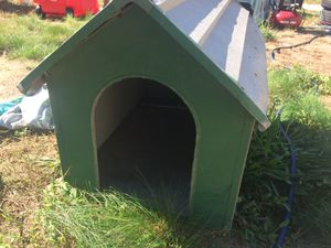 Small aluminum dog house for Sale in Benzonia, MI